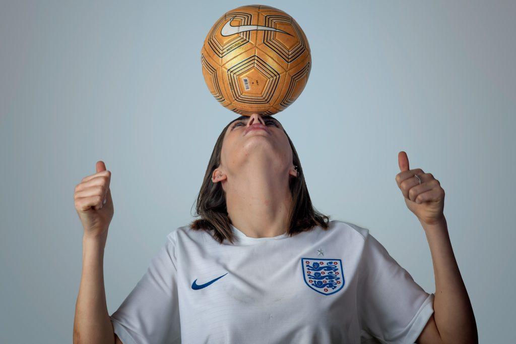 helen-ladies-football-fan-in-team-shirt-england
